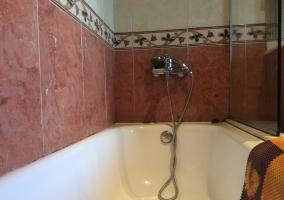 Aseo de la casa con la bañera