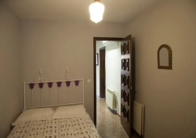 Dormitorio doble con detalles