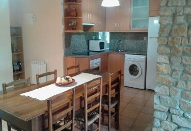 Casa Ros 1 - Ager, Lleida