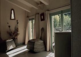 Sala de estar junto a dormitorio