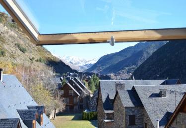 Casa Ski Garós Vielha - Garos, Lleida