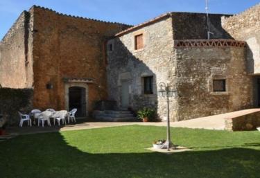 Can Tascons - Ullastret, Girona