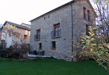 Casa Mateu.  A - Liguerre De Ara, Huesca
