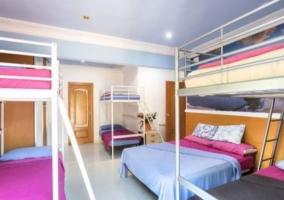 Dormitorio 4 con literas