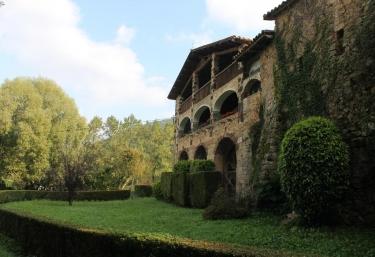 Mas Prat de la Plaça - Santa Pau, Girona