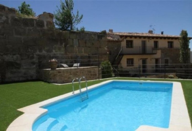 Cal Finestres- Ambient Flora - Osso De Sio, Lleida