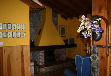 Los Acebos de Peña Cabarga I - Sobremazas, Cantabria
