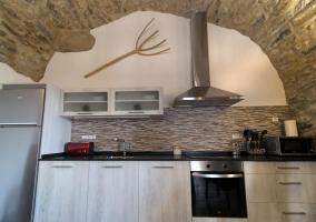 Cocina con armarios de la casa
