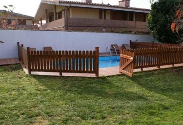126 casas rurales con piscina en cantabria for Casas rurales con piscina en alquiler