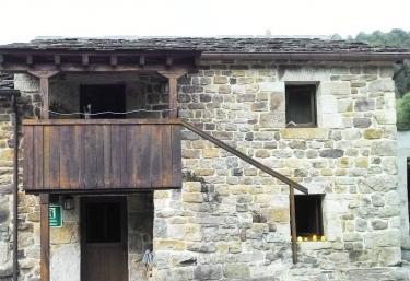 La Plazuca de Cerrucao - Selaya, Cantabria