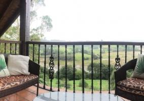 Amplia terraza con vistas