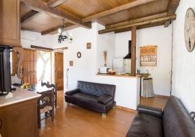 Sala de estar y cocina office