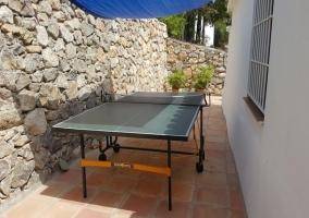 Vistas de la terraza con pingpong