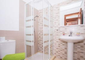 House toilet with shower and towels