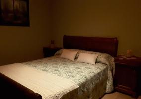 Double bedroom with nightstands