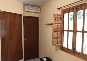 Bedroom with its air conditioning