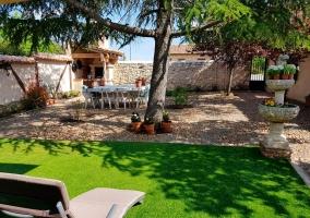Amplios jardines con hamacas