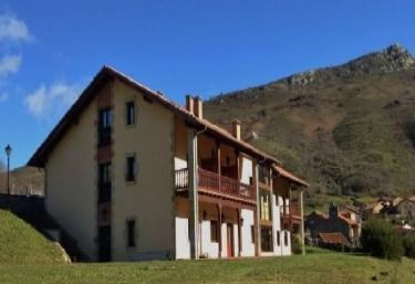 El Tombo de Santa Catalina - Cicera, Cantabria