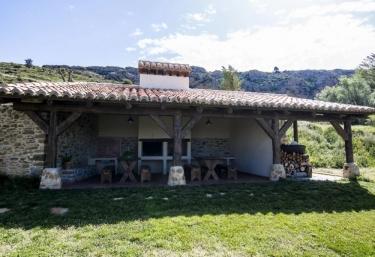 Finca El Cabrero- Pegasus - Villarroya De Los Pinares, Teruel