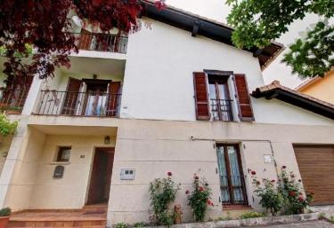 Casa Etxeondoa - Artaiz, Navarra