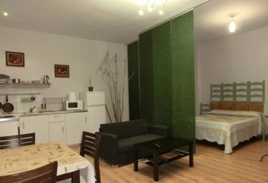 Apartamento III- Casas Víctor - Agueda Del Caudillo, Salamanca