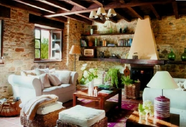 Casas rurales con chimenea en tol for Casa rural con chimenea asturias