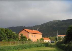 Casa Roxa - Ballota (Cudillero), Asturias