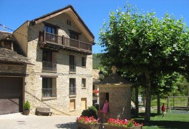 Apartamentos San Juan de la Peña  - Santa Cruz De La Seros, Huesca