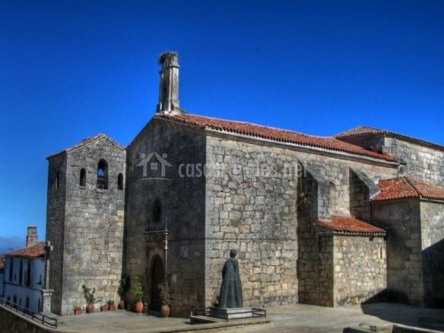 Iglesia de Pedroso