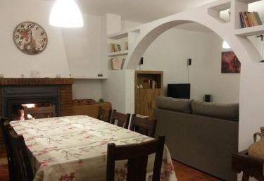 Casa Jurinea Alzar - Torres, Jaén
