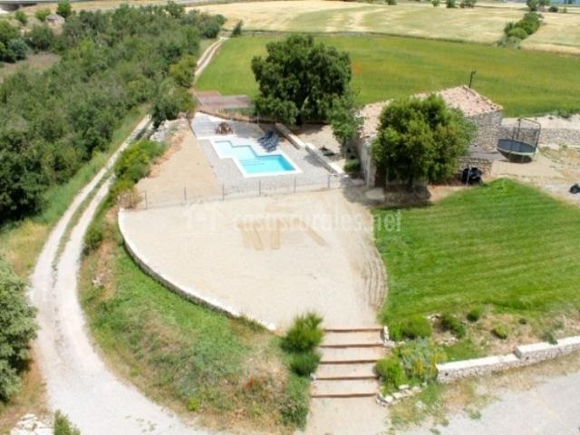 Casa torre de mejanell casas rurales en estaras lleida - Casas rurales lleida piscina ...