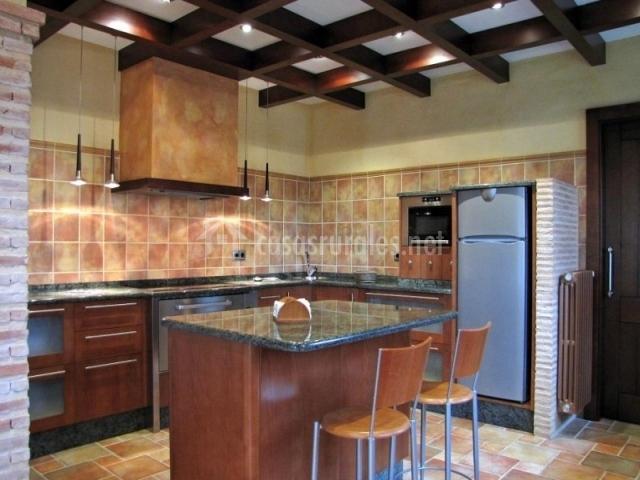 Casa rural san lorenzo en covaleda soria - Cocina casa rural ...