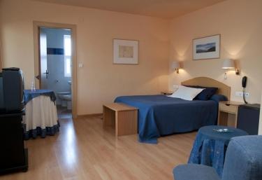 Hotel Villa de Ayerbe - Ayerbe, Huesca