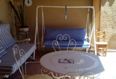 Casa Rural Hansel y Gretel - Pedrosa Del Rey, Valladolid