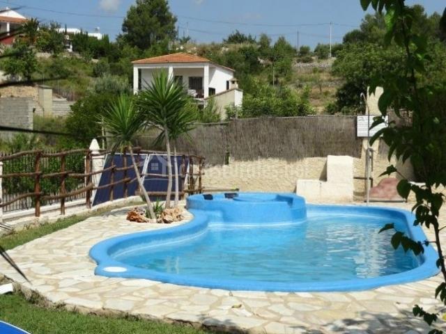 Piscina pequena terraza dise o belle maison - Piscina pequena terraza ...