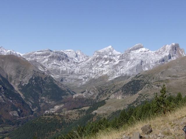Vista general de los montes del Parque Natural de los Valles Occidentales