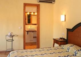 cama doble apartamento