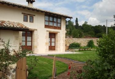 Casa Rural Guareña - Villabascones De Sotoscueva, Burgos