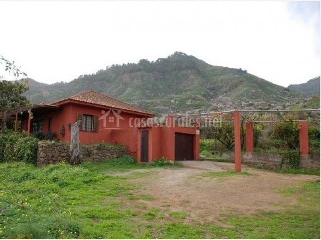 Casa pedregal en valsequillo telde gran canaria - Casas de madera en gran canaria ...