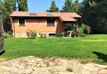 Casa Rural La Finca de Gredos - Hoyos Del Espino, Ávila