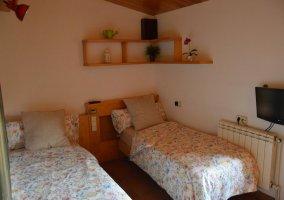 Dormitorio cama grande