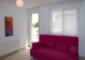 sofá y terraza