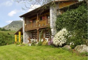 Caserío de San Pedro II - Caldueño, Asturias