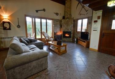 Casa Rural Amazonas Etxea - Sumbilla/sunbilla, Navarra
