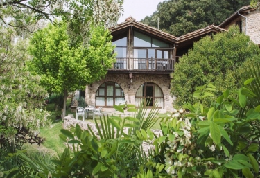 Mas Puigdevall - La Vall De Bianya, Girona