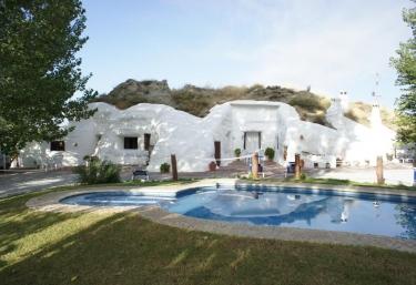 Cueva El Guindas - Baza, Granada