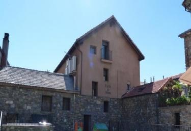 Apartamentos Puerta de Ordesa - Escalona - Laspuña, Huesca