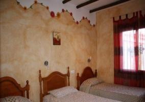 Habitación con 3 camas individuales