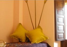 Dormitorio individual en casa rural