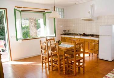 Apartment Masia Torrents 5 - Segur De Calafell, Tarragona